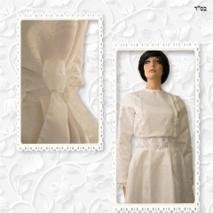 Ivory Taffeta Jacquard Shoulder Pleated Top and Skirt 05